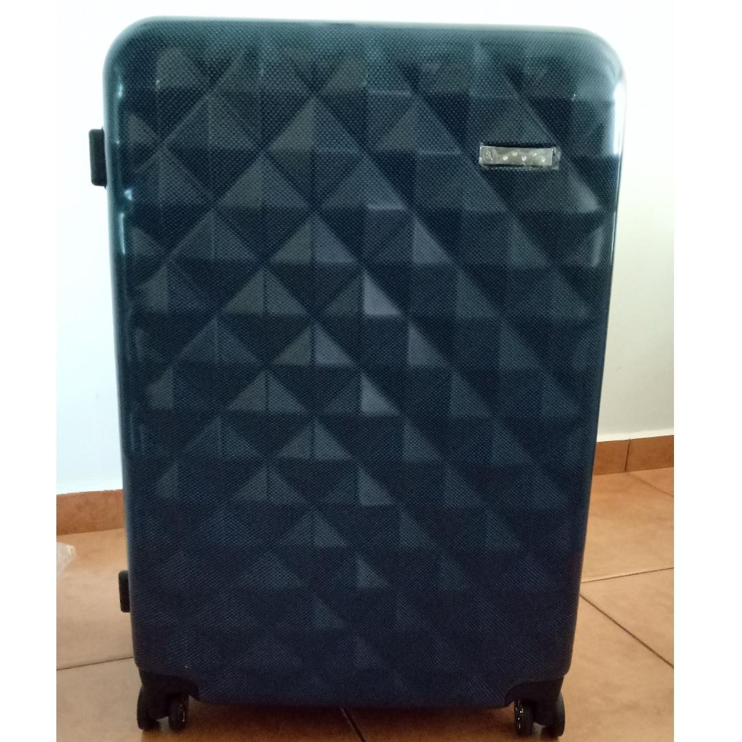673ec336461 Saro Vinci Luggage with Swarovski crystal studs 75cm/28inch (Brand ...