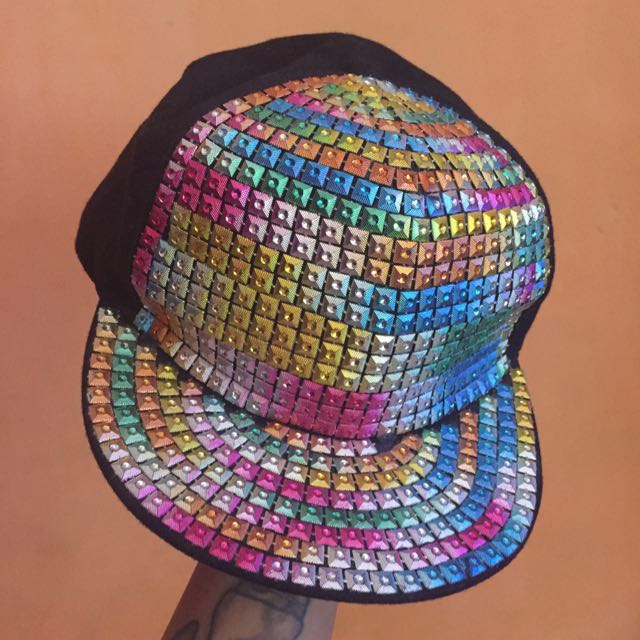 Topi Rainbrow