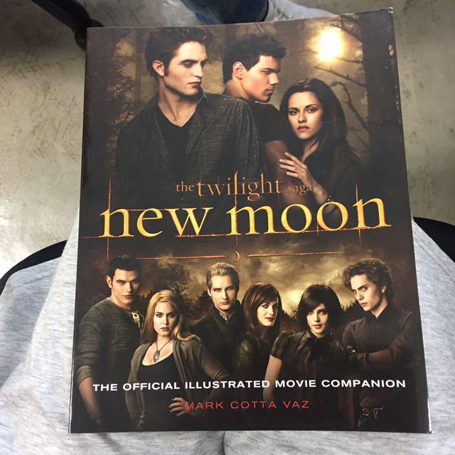 Twilight New Moon Movie Companion