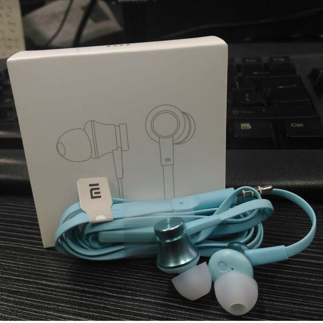 Xiaomi Mi Basic Earphone (Blue) - Round Cable