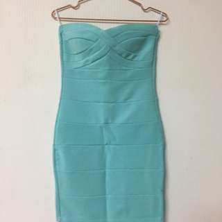 淺藍色類繃帶洋裝