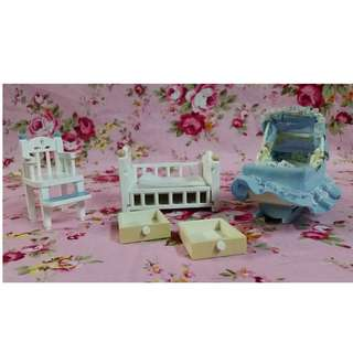 Sylvanian Families Baby Critter Items selling as lot