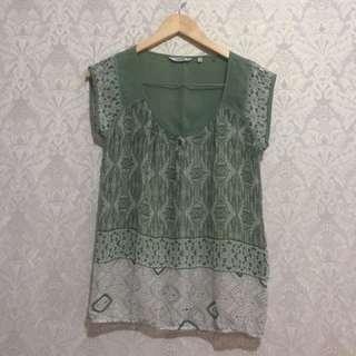 Dusty Green Chiffon Top Blouse / Atasan Hijau Kemeja Blus