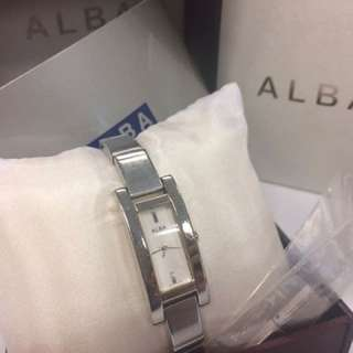 alba watch woman