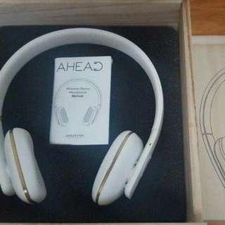 Kreafunk aHead Bluetooth headphones