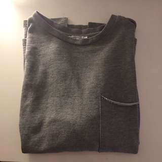 ZARA SWEATER TSHIRT