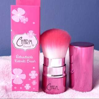 Charm Retractable Kabuki Brush