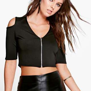 Cold shoulder zip front crop