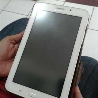 Samsung Tab V3. Ngga jadi dijual, owner masih sayangggg banget 😂😂😂