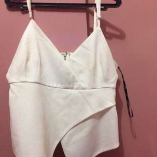 PRICE DROP!!!sexy yet casual white croptop