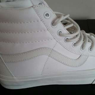 Vans Sk8 Hi-top White Brand New!!