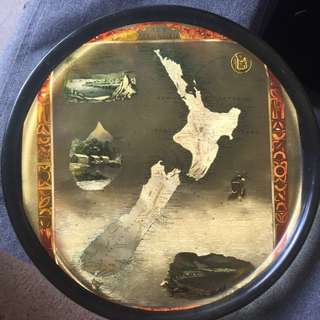 One Of A Kind New Zealand Map Plate Display