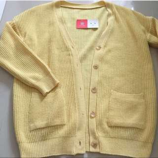 鵝黃色 針織外套