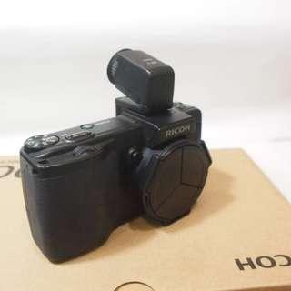 街拍利器,RICOH GX200 + VF-1 數位相機 / 盒裝 / 賓士蓋,相機套