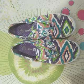 sneakers anak by payless