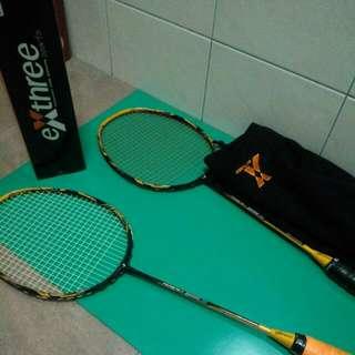 售羽球拍超力大黃蜂三(藍)*2+羽球網 另送(3.5筒)全新練習球