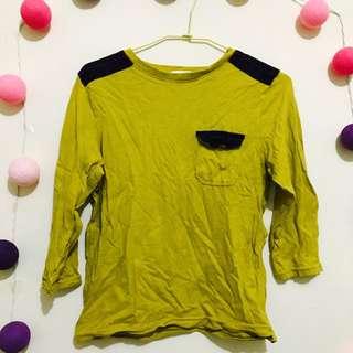 GU薑黃色長袖上衣