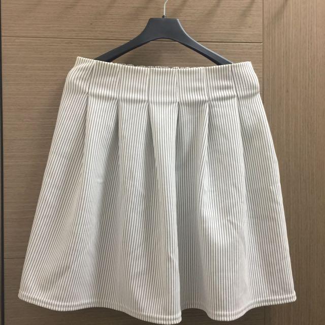 直條半截短裙