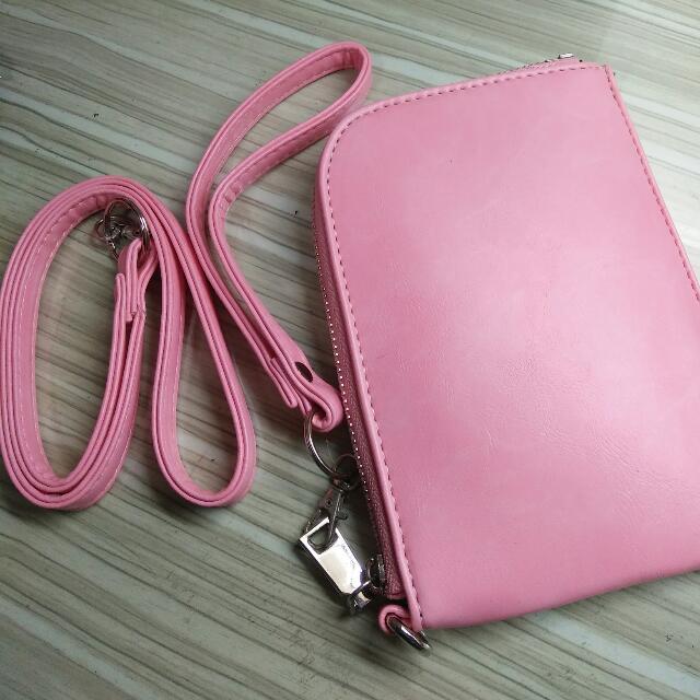 粉色掛脖包 #我的旋轉衣櫃