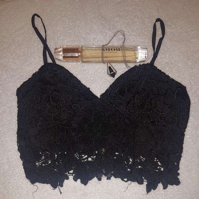Ally Lace Black Crop