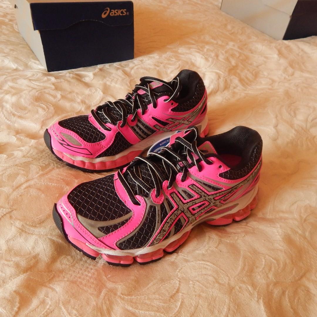 Asics Gel Nimbus 15 shoes, Women's size 5 US, Brand New in Box