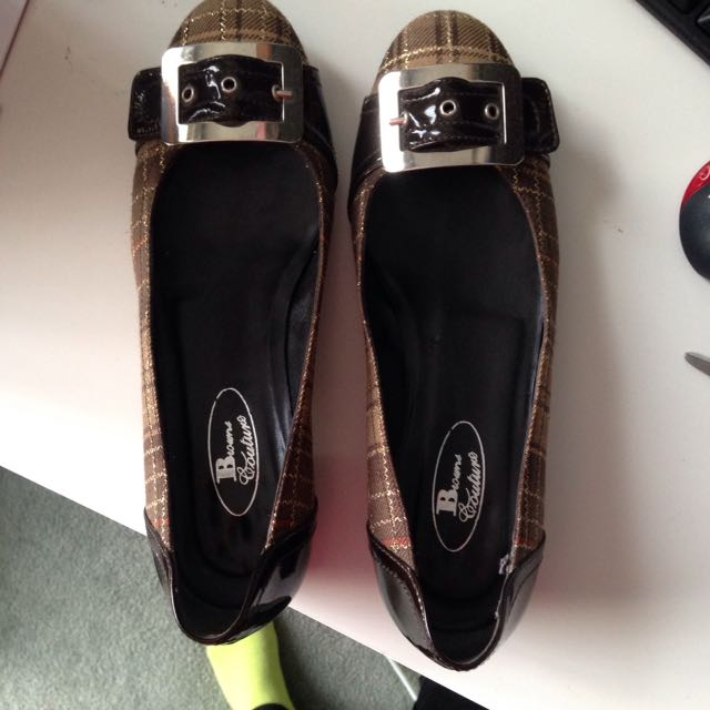 Brown's Flats Size 38.5