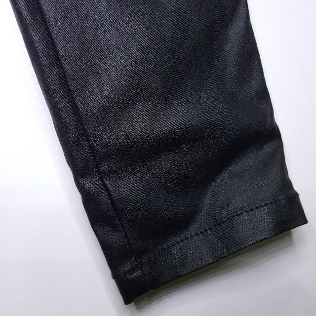 Celana Jeans High Waisted Hitam Factorie AUS