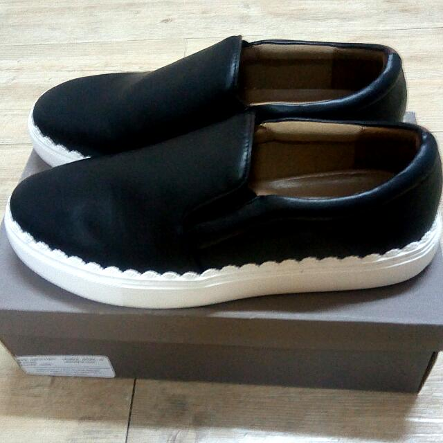 Charles And Keith (Slip On) uk.39