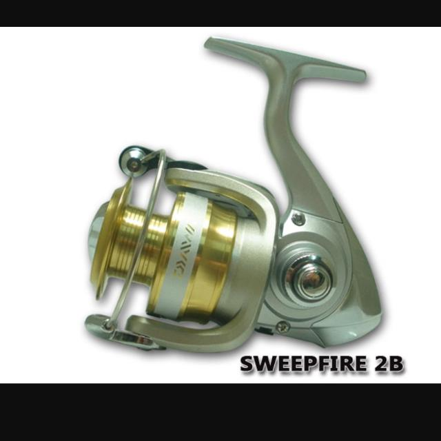 4b739084162 daiwa sweepfire 4000-2b, Sports, Sports & Games Equipment on Carousell