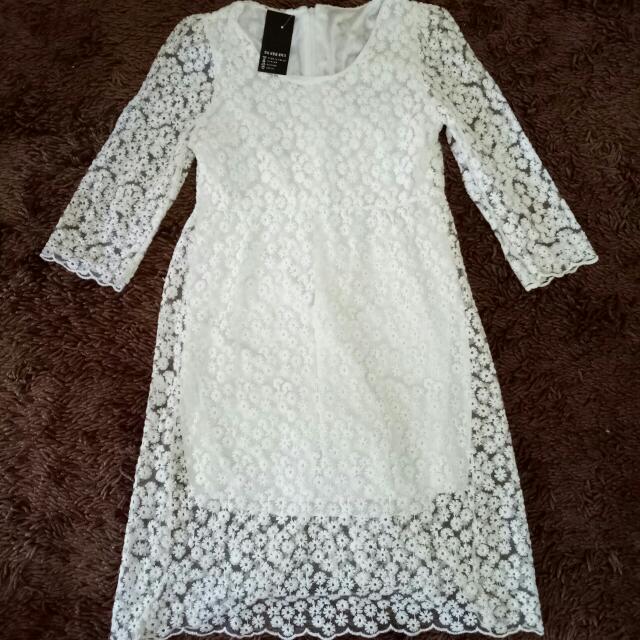 Flower Dress (white)