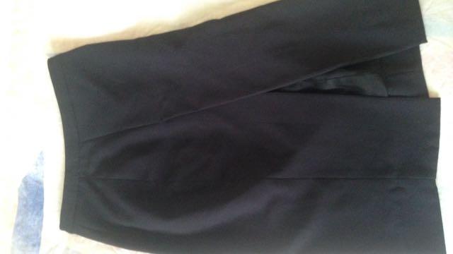 Forever New Pencil Skirt Size 6
