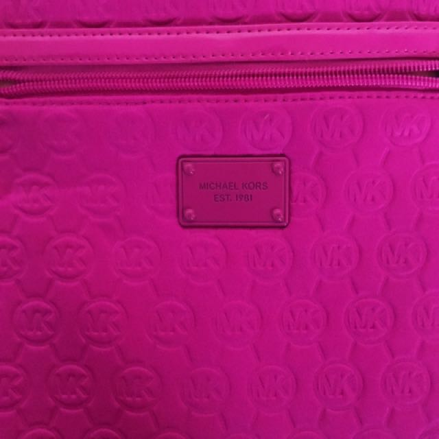 💘 REDUCED PRICE 💘Authentic Michael Kors Shoulder Bag
