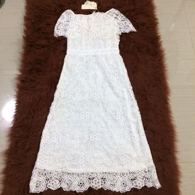 HQ Lace Off-shoulder Dress