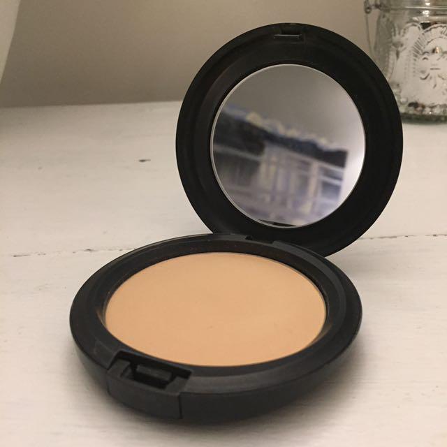 MAC select sheer powder N20