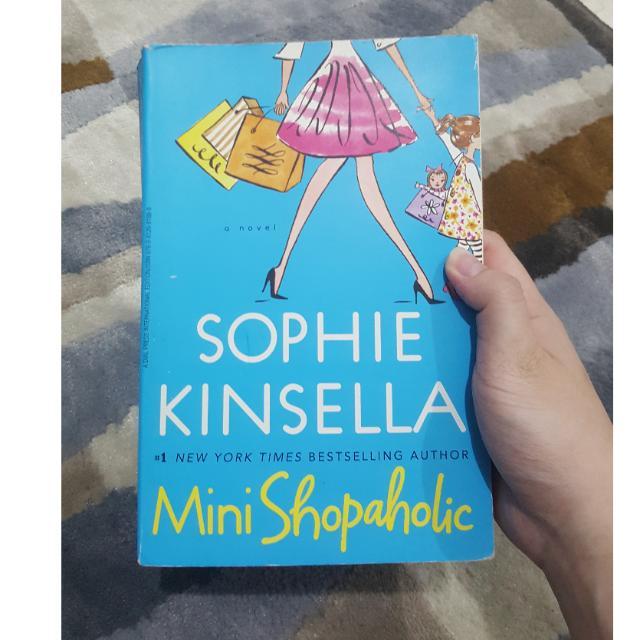 Mini Shopaholic- Sophie Kinsella