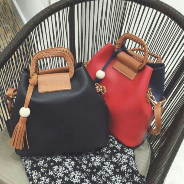 Nice & Trendy Large Capacity Tassel Bags