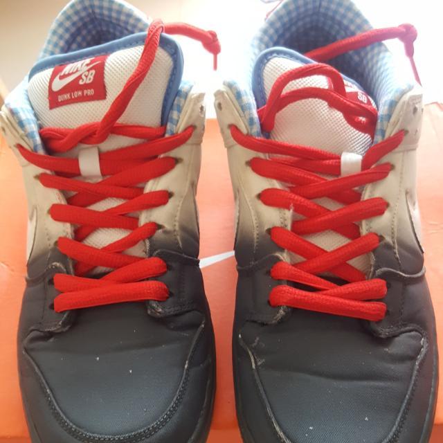 new concept a5ce6 47b7c Nike SB Dunk Low Pro Dorothy Size 44, Men's Fashion, Men's ...