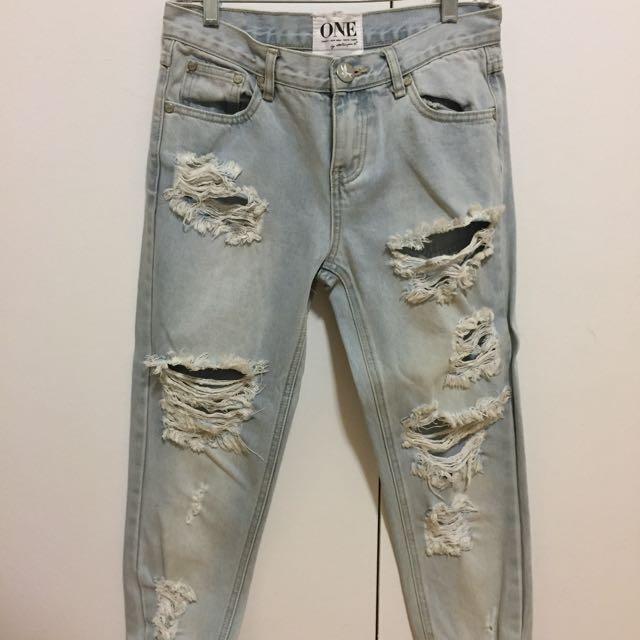 One Boyfriend Jeans