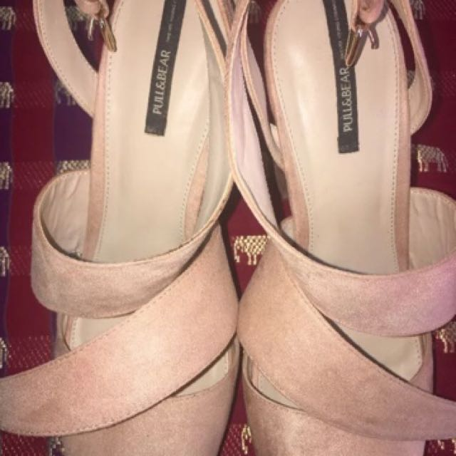 Pink Heels Size 41 From PULL&BEAR (France)