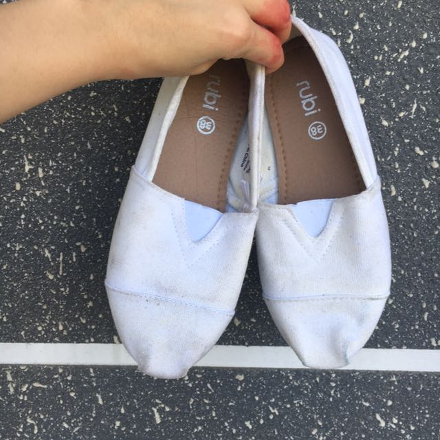 ruby white toms