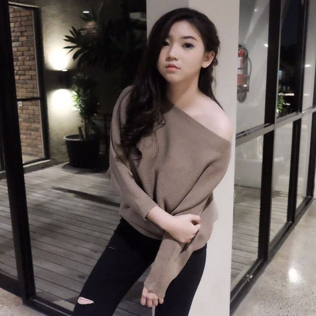 PAVLINE OFF SHOULDER