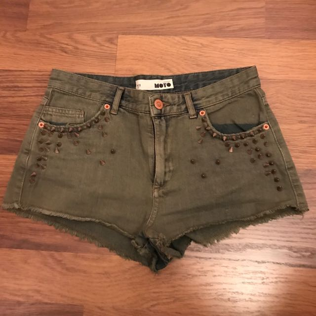 TOP SHOP DENIM SHORTS WITH STUDS