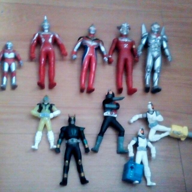 Ultraman And Kamen Rider Figures