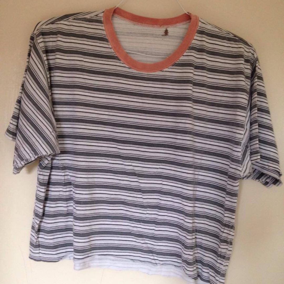 URBAN OUTFITTERS RETRO STRIPED TEE 10