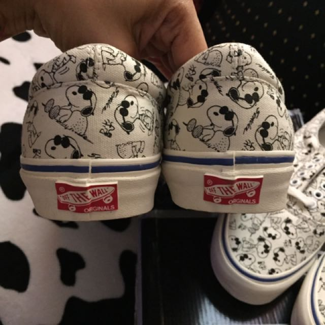 c79f4ad912 Vans Vault OG Camp Snoopy Classic White