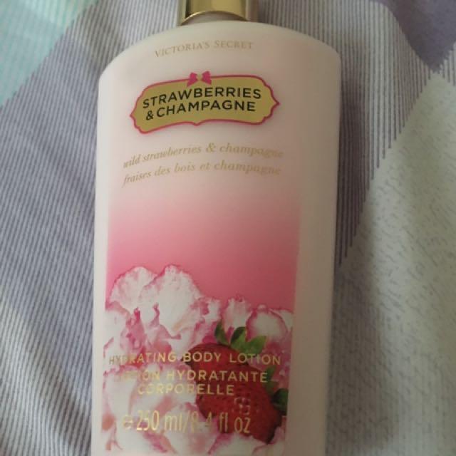 Victoria's Secret Lotion Strawberries Champagne