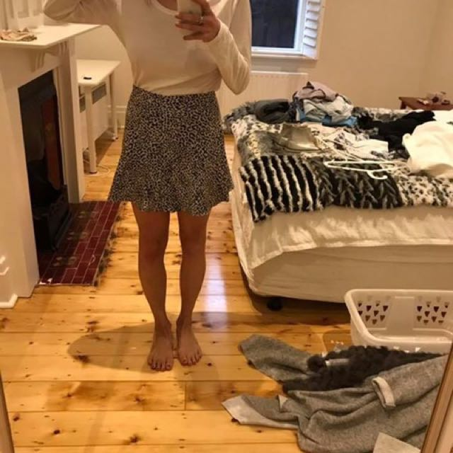 Zara Woman Leopard Skirt M