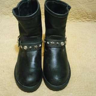 日本牌子窩釘短Boots