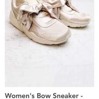 Rihanna X Fenty Bow Sneakers Size 6