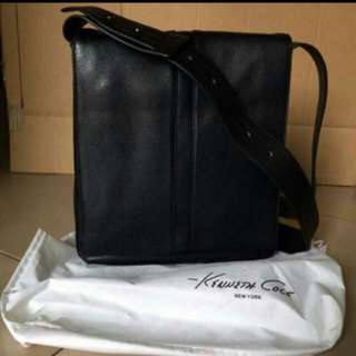 Kenneth Cole Reaction Real Leather Sling Bag